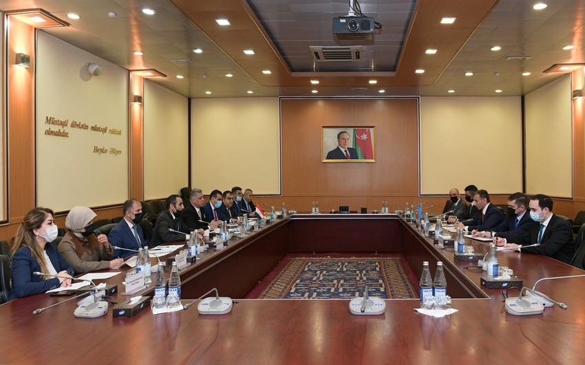 Rəşad Nəbiyev İraq parlamentinin nümayəndə heyəti ilə görüşüb
