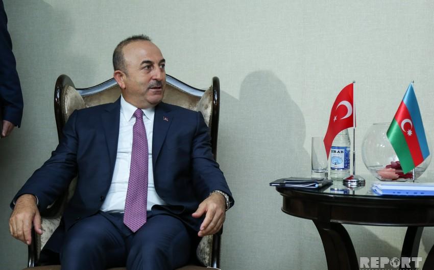 """Çavuşoğlu: """"Türkiyədə iqtisadi böhran yaratmaq istəyən qüvvələr arasında müsəlman ölkələr də var"""""""