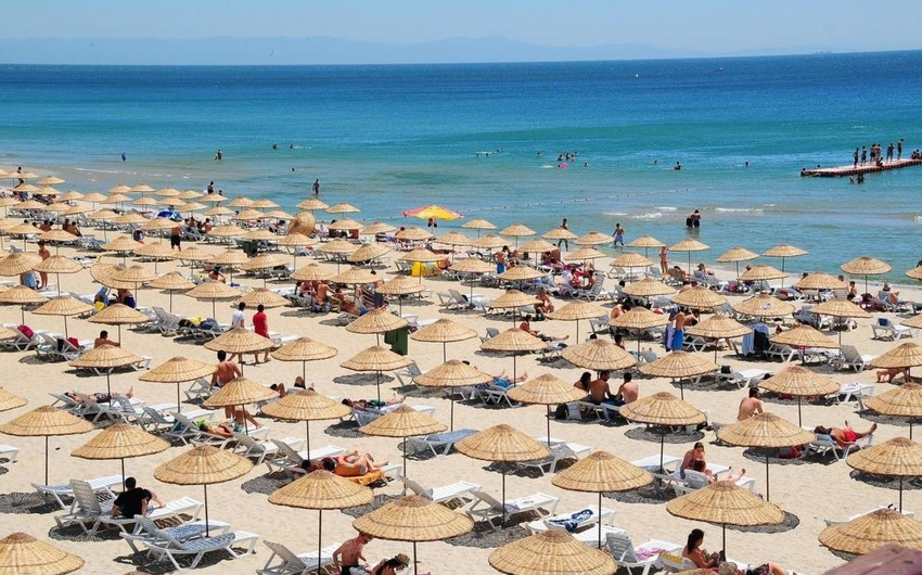 Task Force: People allowed to beaches