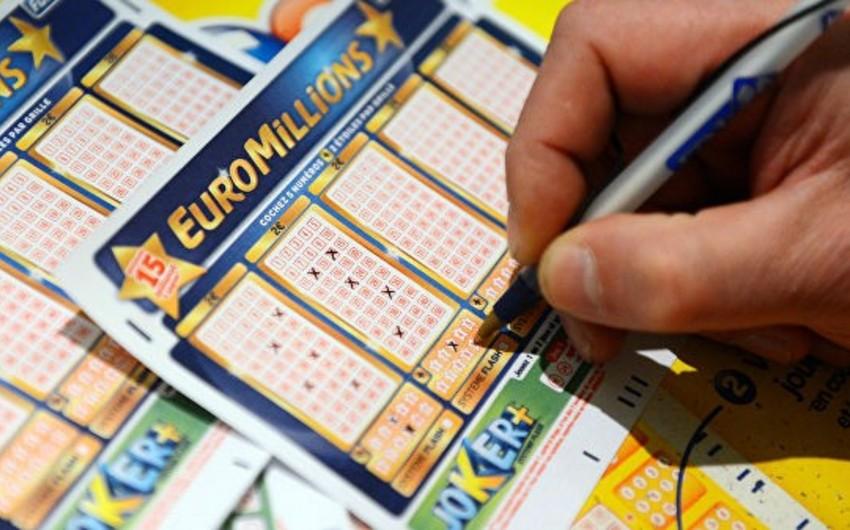 Britaniya sakini lotoreyada 156 milyon dollar udub