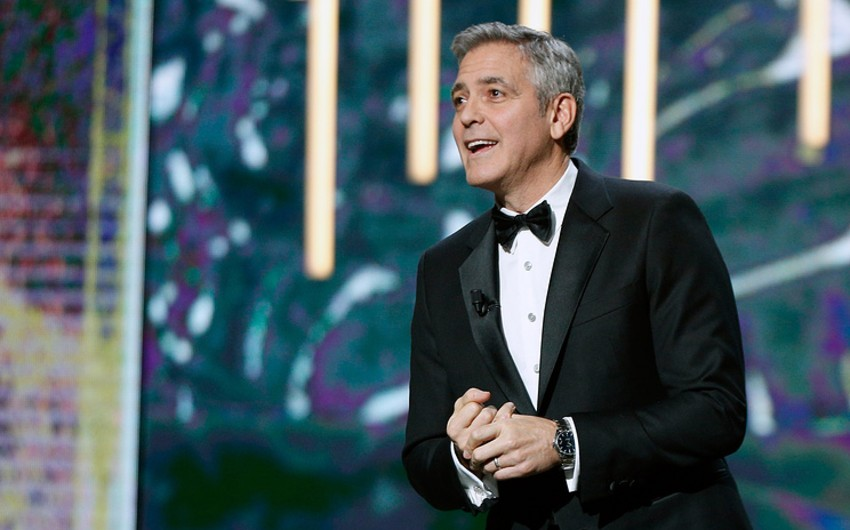 George Clooney will donate to schools for Syrian children