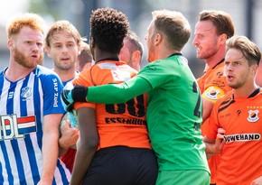 Niderland klubu rəqib kobud oynadığı üçün matçı tərk etdi