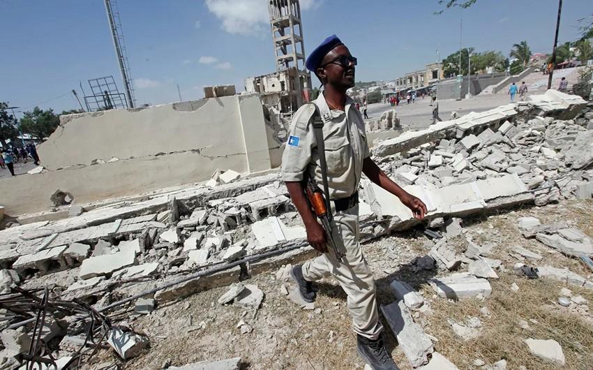 Somalidə terrorçu-kamikadze özünü partladıb, 20 nəfər ölüb