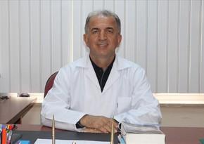 Türkiyəli professor: Yoluxma azalmasa, qapanmaya getməli olacağıq