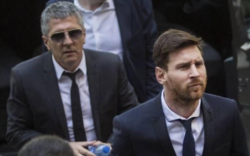 Barselona Messinin atası ilə danışıqlara başlayıb