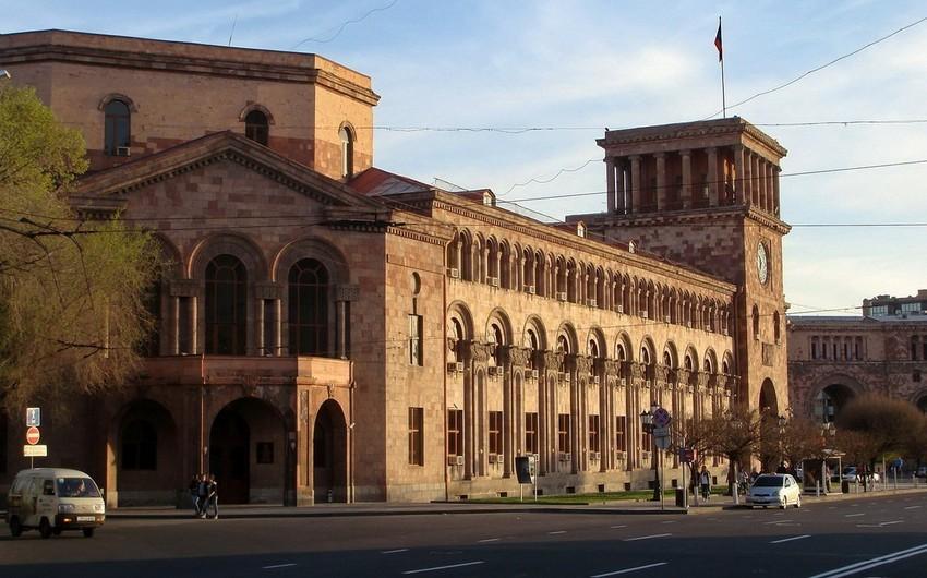 Armenian citizen sets himself on fire before ombudsman's office