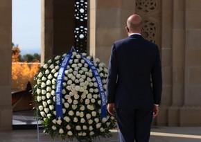 Президент Европейского совета посетил Аллею шехидов