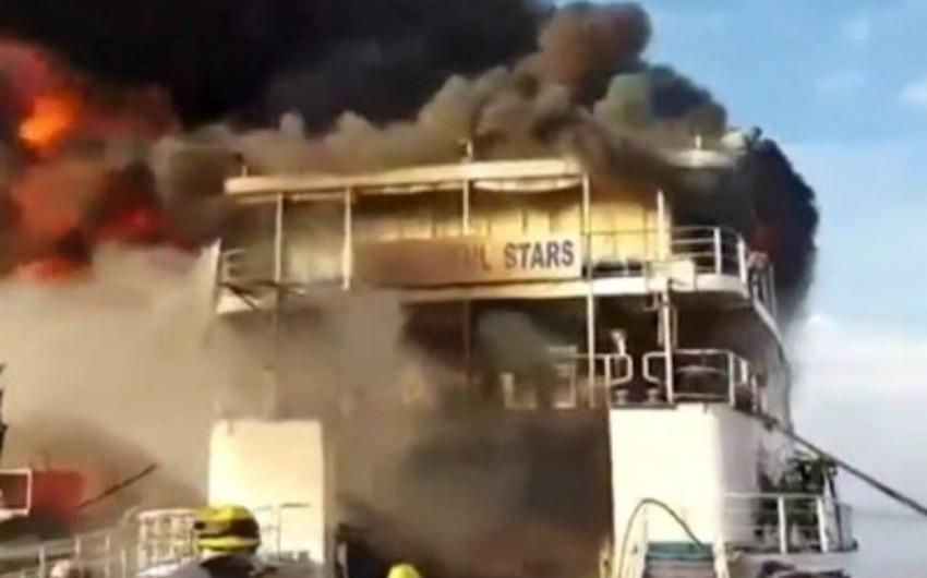 Puerto-Rikoda yanan gəmidən 500-dən çox insan təxliyə olunub