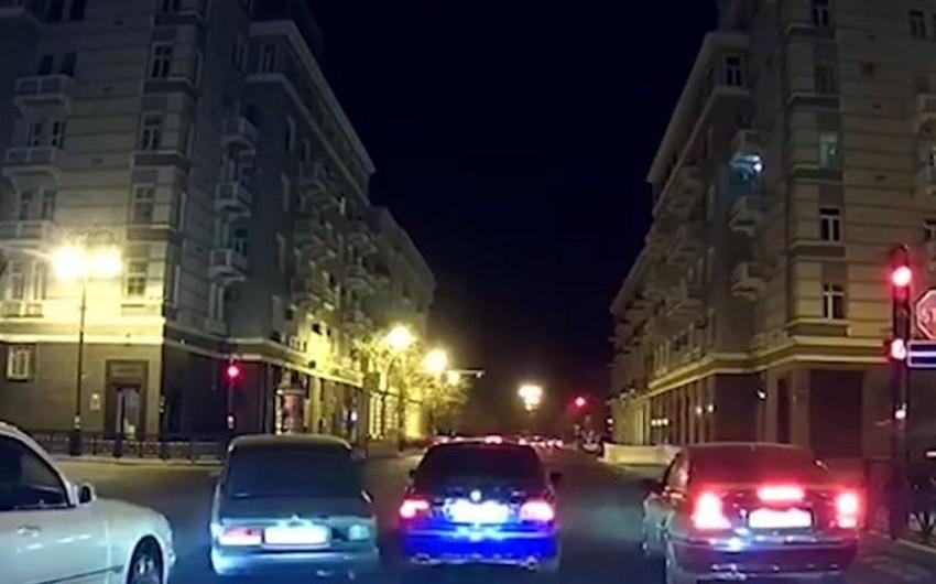 Bakının mərkəzində 07nin sürücüsünün təhlükəli manevrləri - VİDEO