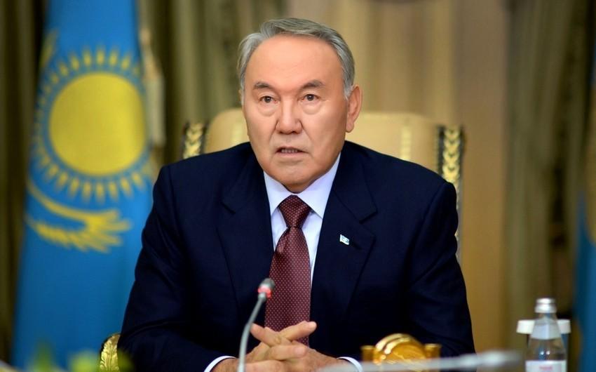 Nursultan NazarbayevAzərbaycan Prezidentini təbrik edib