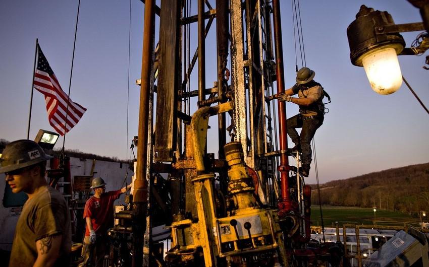 ABŞ-da şist neft hasilatı oktyabrda sutkada 7,6 mln. barelə çatacaq