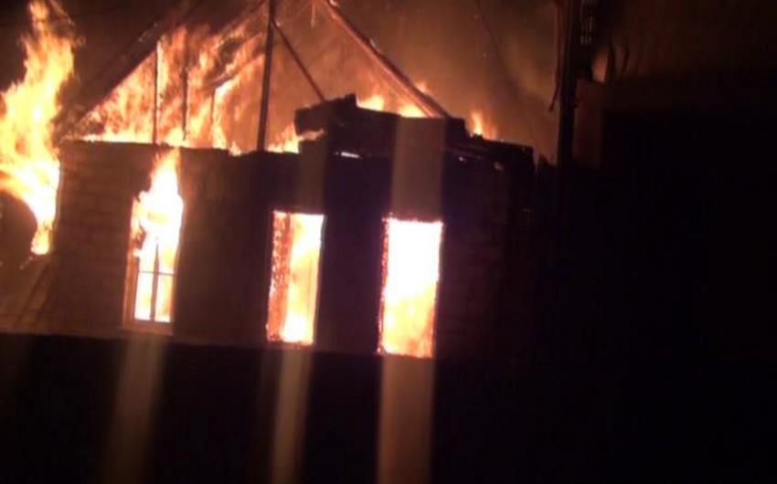 Qazaxda fərdi yaşayış evi yanıb - FOTO - VİDEO