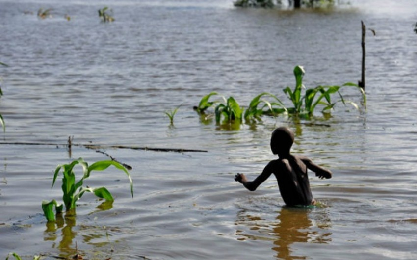 В результате наводнений в ЮАР погибли порядка 90 человек