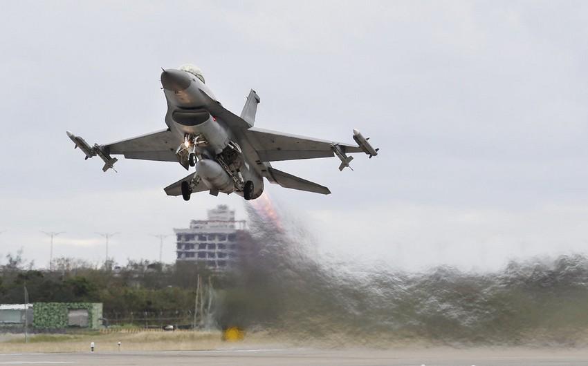 Kaliforniya aviabazasında F-16 qəzaya uğrayıb