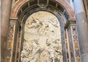 Фонд Гейдара Алиева восстановил барельеф в базилике Собора Святого Петра в Ватикане