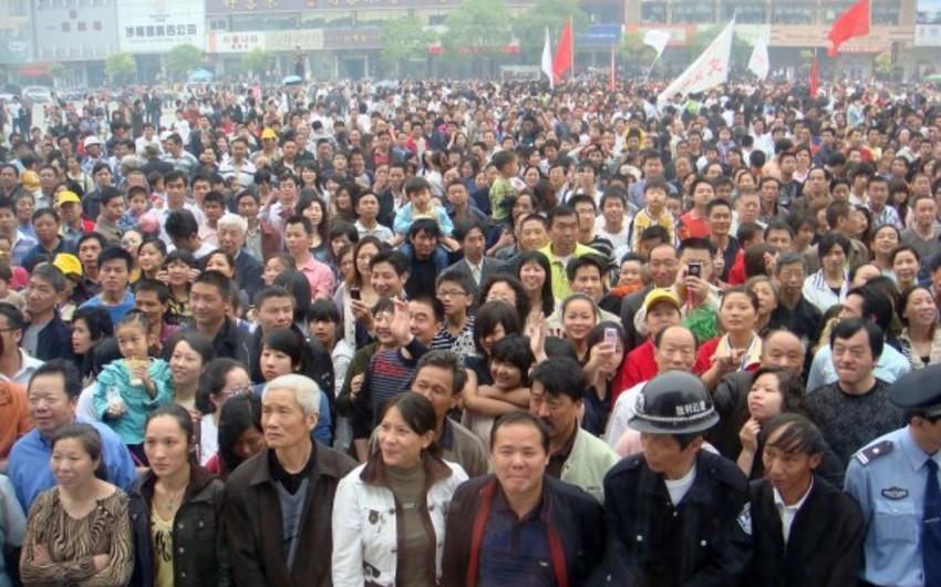 Çin əhalisi 2018-ci ildə 1,27 milyon nəfər azalıb