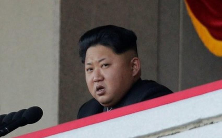 Kim Çen In Seuldan hədiyyə olaraq alınan 200 ton mandarinin paylanmasına göstəriş verib