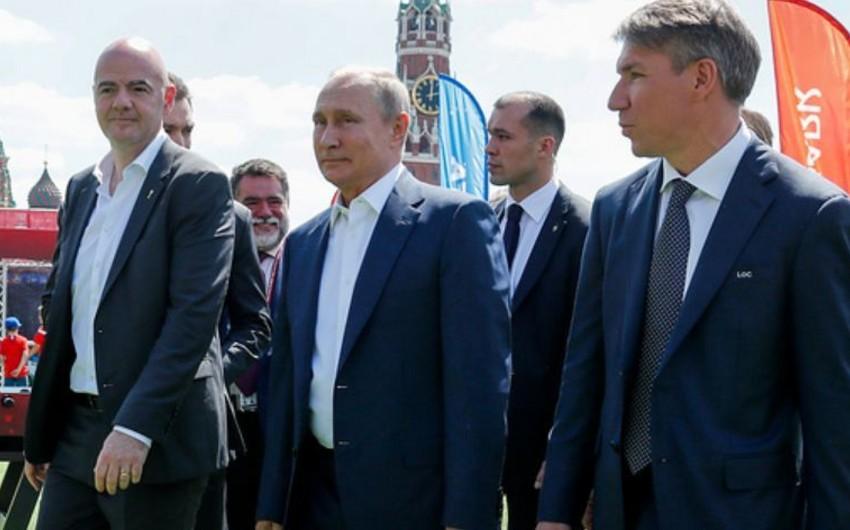 Президент России встретился с легендами футбола