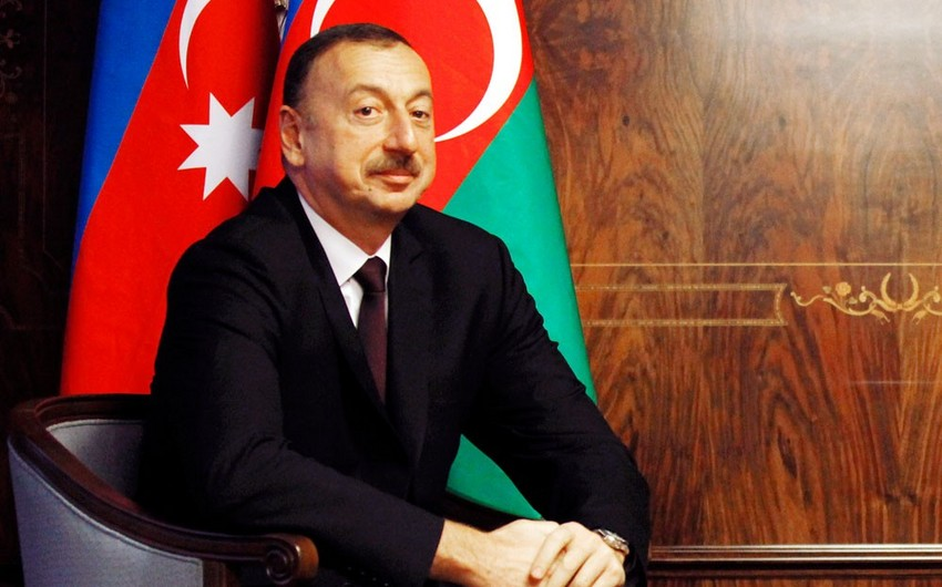 Президент Ильхам Алиев начал принимать юбилейные поздравления