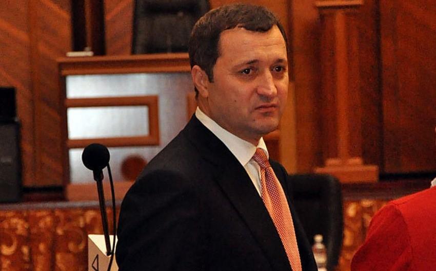 Экс-премьер Молдовы упал в обморок на суде