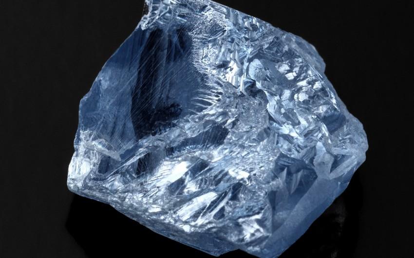 Добытый в ЮАР редчайший алмаз голубого цвета продали за $40 млн
