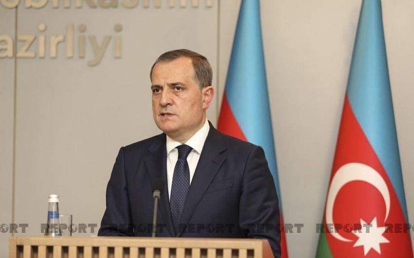 Ceyhun Bayramov: Ermənistan əldə olunmuş razılaşmalara riayət etmir