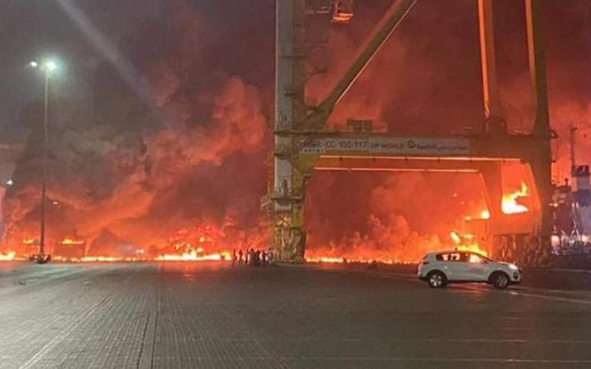 Dubaydakı limanda güclü partlayış olub - VİDEO