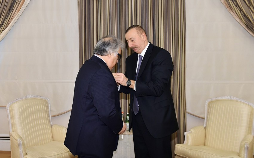 President Ilham Aliyev presents Istiglal Order to pianist Farhad Badalbayli