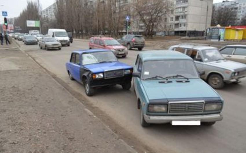 Xarkovda azərbaycanlı sürücü 22 yaşlı qızı vurub