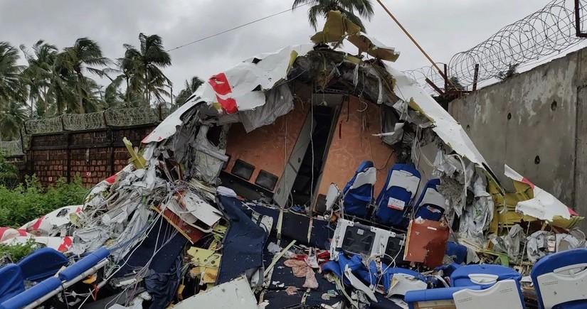Индийская авиакомпания выплатит компенсации семьям погибших