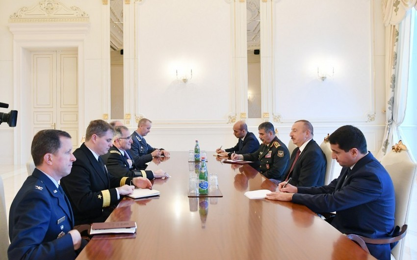 Prezident İlham Əliyev NATO Müttəfiq Qüvvələrinin Avropadakı Baş komandanını qəbul edib