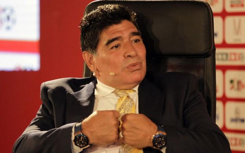 Maradona Messi ilə Ronaldunu müqayisə edib