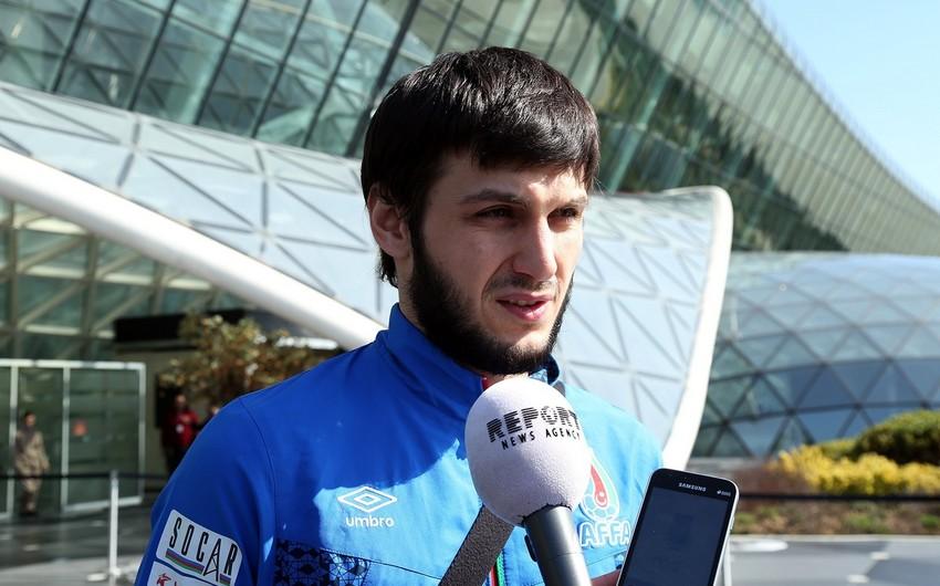 Bədavi Hüseynov: Azərbaycan millisində aşkar seçilən lider yoxdur - MÜSAHİBƏ