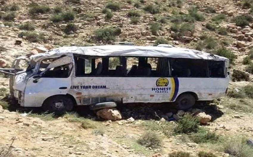 Tunisdə turist avtobusu qəzaya düşüb, 5 nəfər ölüb
