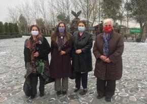 Матери Сребреницы прибыли в Азербайджан