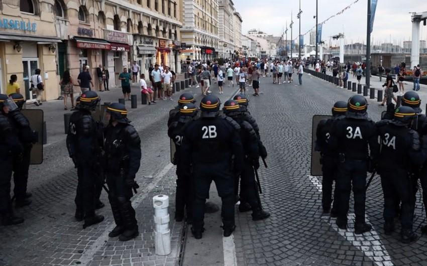 Fransa polisi rusiyalı jurnalistləri saxlayıb