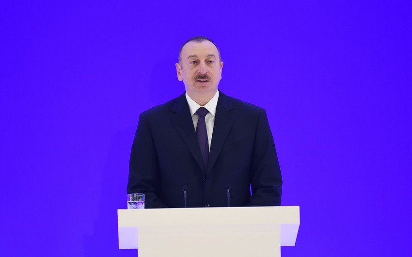 Ильхам Алиев: Не являющаяся экономически независимой страна не сможет проводить свою внешнюю политику