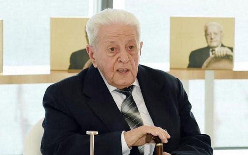 """Əlibaba Məmmədov: 90 yaşlı adam necə olar?"""""""