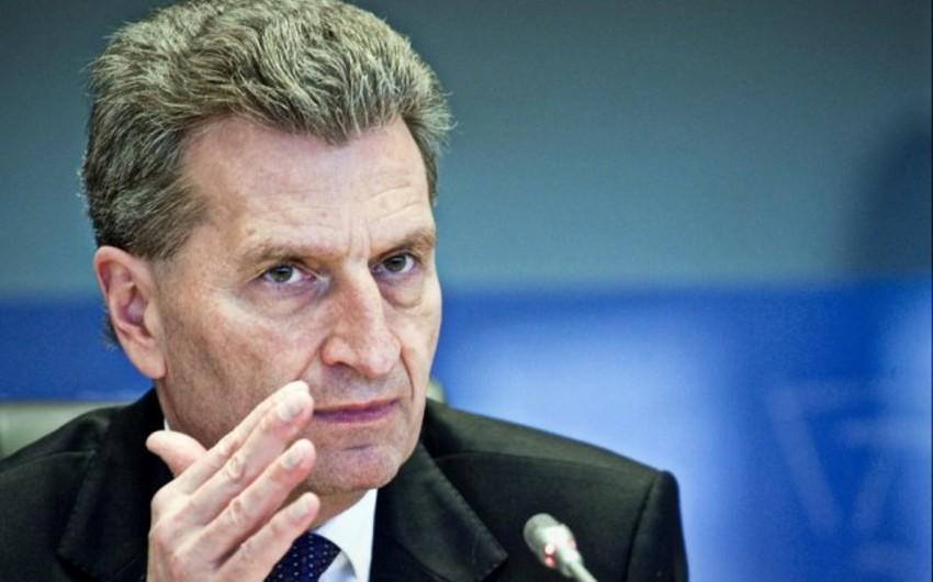 Aİ komissarı: CQD üzrə birgə bəyannamənin imzalanması Avropanın enerji mənbələrinin şaxələndirilməsi istiqamətində mühüm addımdır