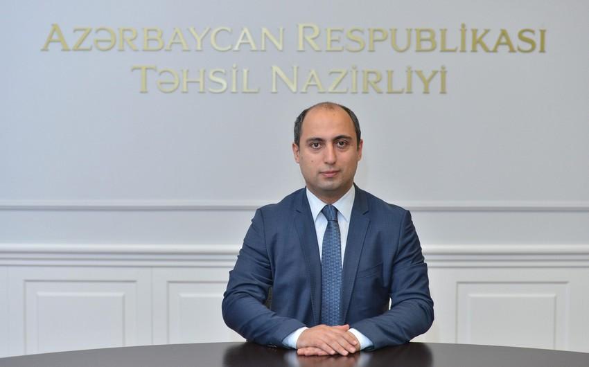 Təhsil naziri tələbələri təbrik edib