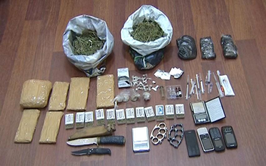 Sabirabad sakininin evindən narkotik və silah aşkarlanıb