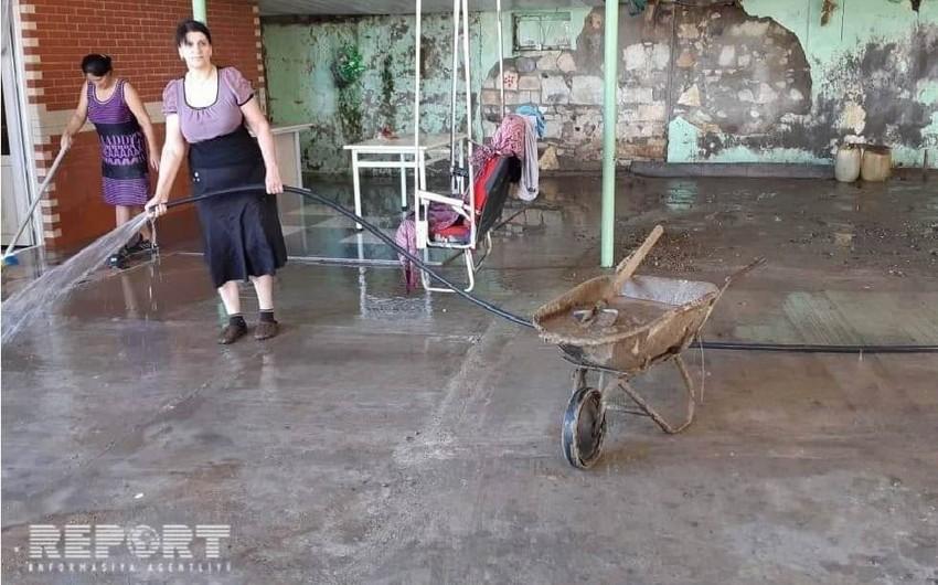 Güclü sel Gürcüstanda azərbaycanlıların yaşadığı kənddə fəsadlar yaradıb - FOTO