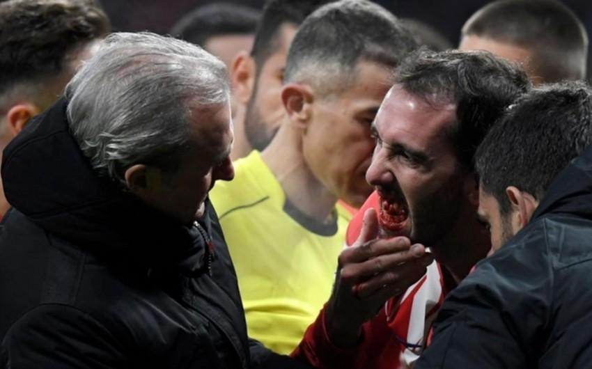 Atletikonun baş məşqçisi: Gərək, futbolçumuzu öldürsünlər ki, penalti verilsin