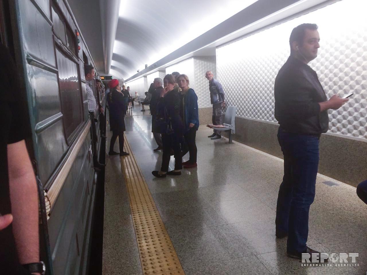 В туннеле между станциями Джафар Джаббарлы и Хатаи произошло задымление