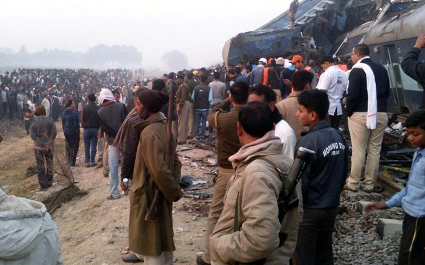 Число погибших при крушении поезда в Индии достигло 133 человек - ОБНОВЛЕНО