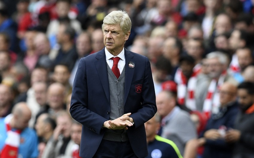 Тренер Арсенала Венгер дисквалифицирован на три матча