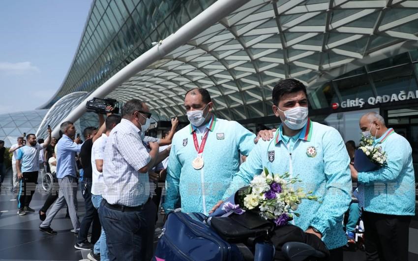 Azərbaycanın daha 6 paralimpiya çempionu Bakıya qayıdıb