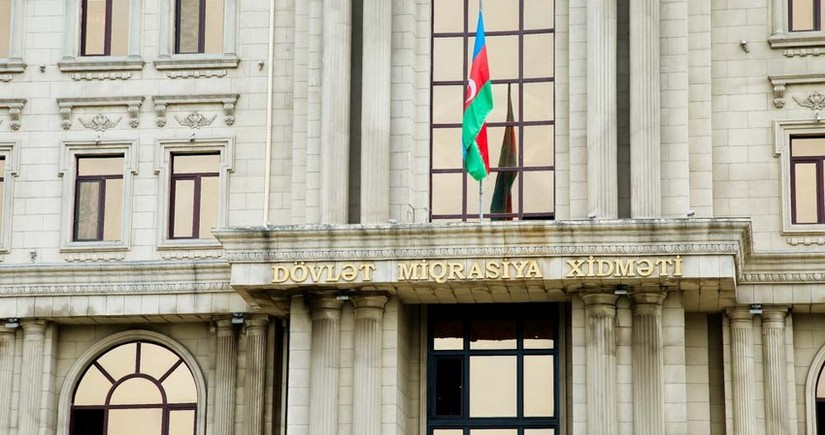 DMX xarici dövlətin vətəndaşlığını qəbul etmiş Azərbaycan vətəndaşlarına müraciət edib