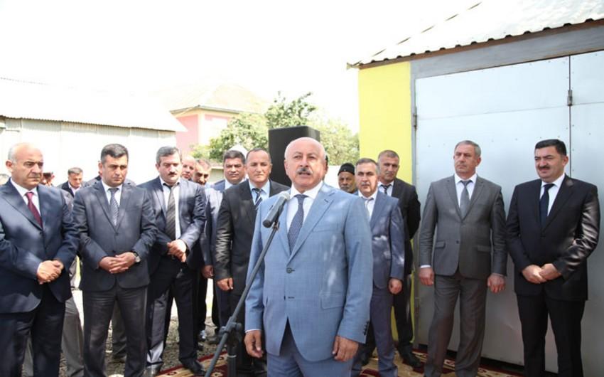 Masallı rayonunun Kolatan kəndinə təbii qaz verilib