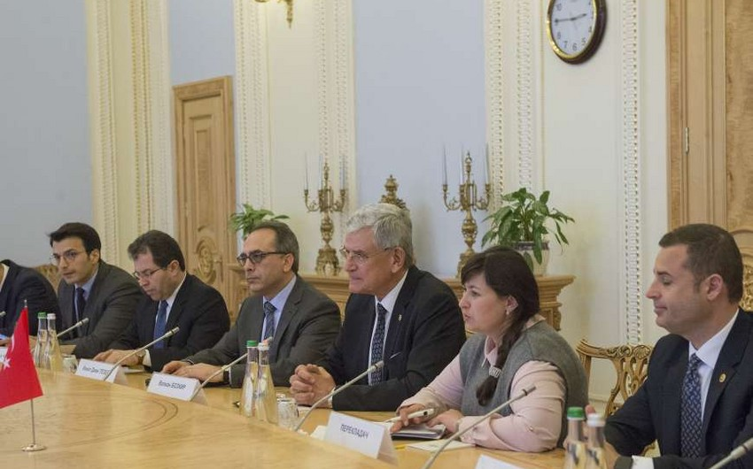 Турция предлагает Украине трехсторонний формат сотрудничества с участием Азербайджана